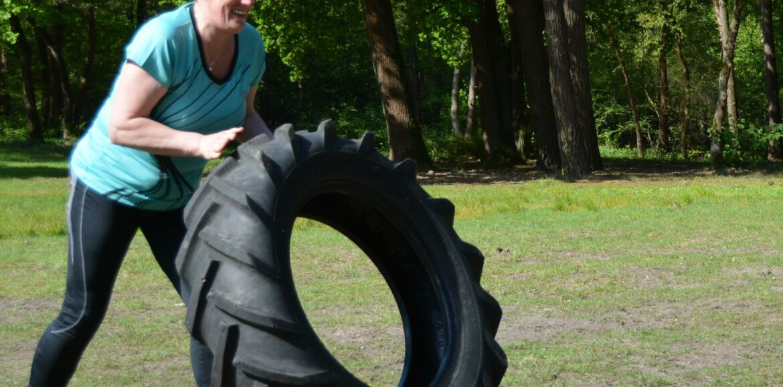 Ik vind het heerlijk om mee te doen met de trainingen. Mij lekker in het zweet werken geeft heel veel voldoening en hoop zo ook nog een hele tijd er van te kunnen genieten. - Ans