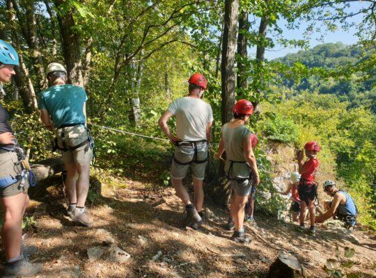 In rij voor het volgende avontuur - Family Survival - Meant4Life